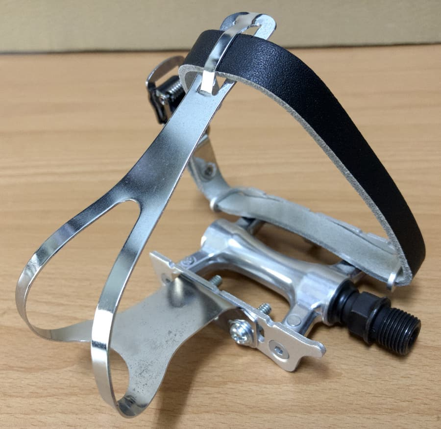 old style elegant toe clip pedal cage